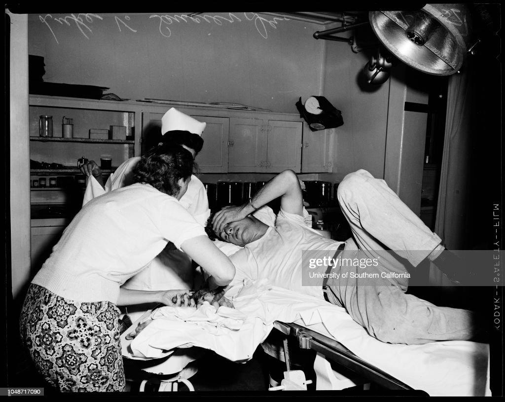Rattle snake bite victim, 1956 : News Photo