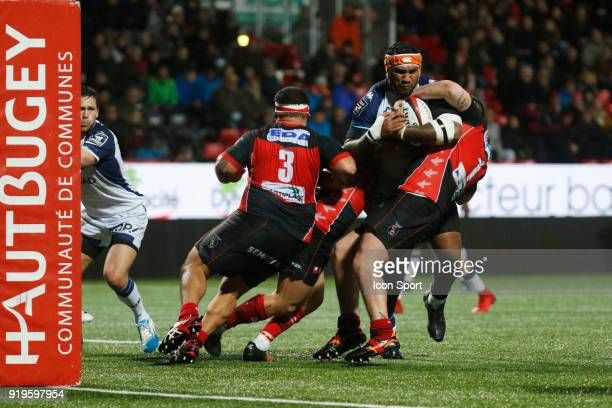 Ratu Driu Nasiganiyavi of Montpellier and Tommy Raynaud of Oyonnax and Hoani Tui of Oyonnax during the French Top 14 match between Oyonnax and...