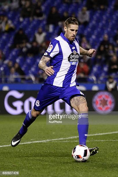 Raul Albentosa of Deportivo de La Coruna drives the ball during the spanish 1/8 Copa del Rey match between Real Club Deportivo de La Coruna vs...