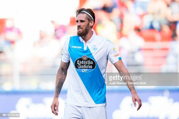 Raul Albentosa of RC Deportivo La Coruna reacts during the La Liga match between SD Eibar and RC Deportivo La Coruna at Ipurua Municipal Stadium on...