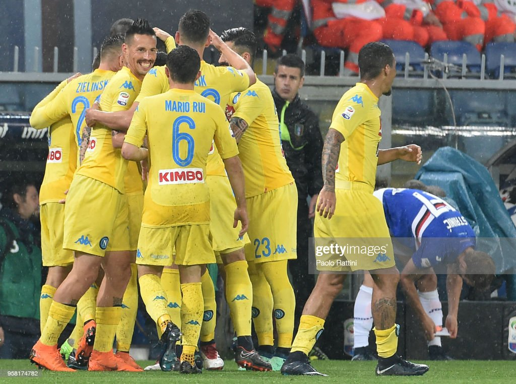 Raul Albiol of Napoli celebrate after score 0-2 during the serie A match between UC Sampdoria and SSC Napoli at Stadio Luigi Ferraris on May 13, 2018 in Genoa, Italy.