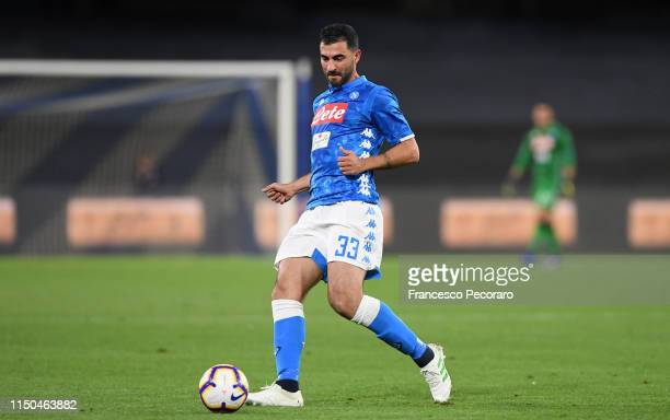 Raul Albiol of SSC Napoli in action during the Serie A match between SSC Napoli and FC Internazionale at Stadio San Paolo on May 19, 2019 in Naples,...