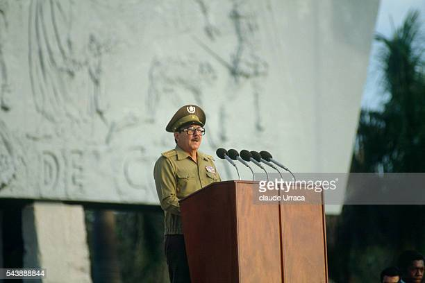 Raul Castro holds a rally in honor of the Grenada soldiers killed during the US invasion of Grenada