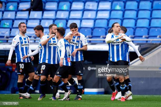 Raul de Tomas of RCD Espanyol celebrates with teammates after scoring the opening goal during the LaLiga SmartBank match between RCD Espanyol and UD...