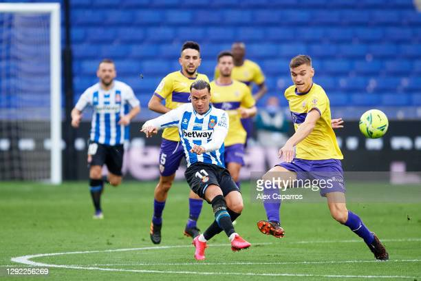 Raul de Tomas of RCD Espanyol scores the opening goal during the LaLiga SmartBank match between RCD Espanyol and UD Almeria at RCDE Stadium on...