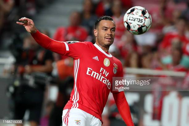 Raul de Tomas of SL Benfica in action during the Portuguese League football match between SL Benfica and Gil Vicente FC at the Luz stadium in Lisbon...