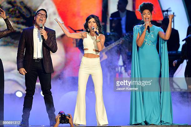 "Raul Gonzalez, Carolina Gaitan and Jeimy Osorio onstage at Telemundo's Premios Tu Mundo ""Your World"" Awards>> at American Airlines Arena on August..."