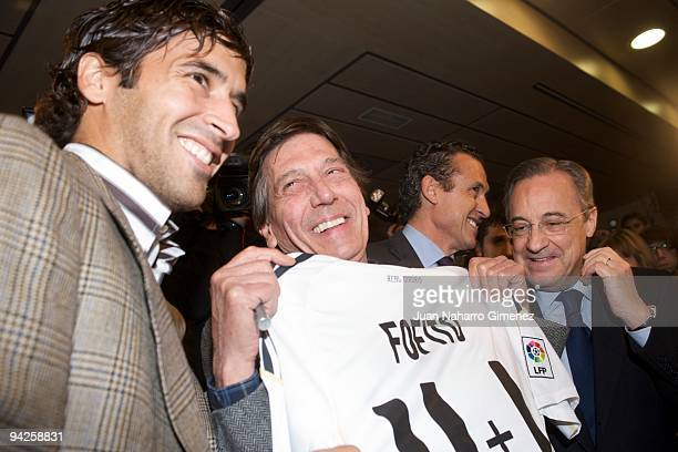 Raul Gonzalez Fofito and Florentino Perez attend to the presentation of the musical DVD of the Real Madrid football on December 10 2009 in Madrid...