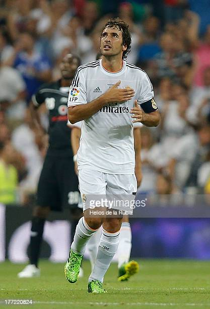 Raul Gonzalez of Real Madrid celebrate after scoring during the Santiago Bernabeu Trophy match between Real Madrid CF and AlSadd at Bernabeu on...