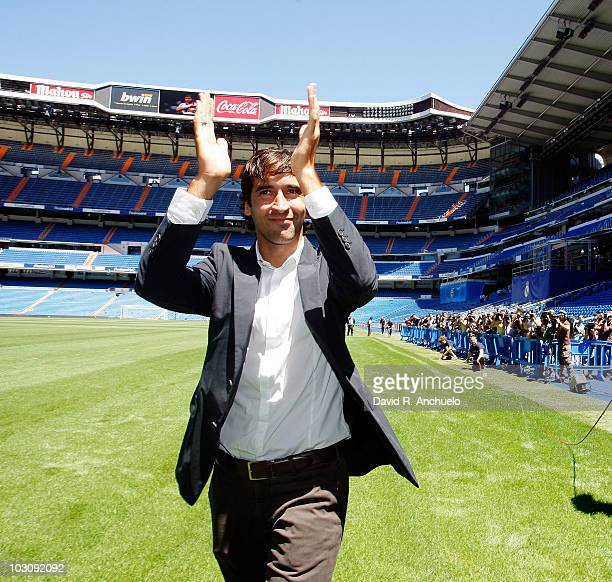 Raul Gonzalez waves to the crowd during his Official Farewell at Santiago Bernabeu on July 26 2010 in Madrid Spain