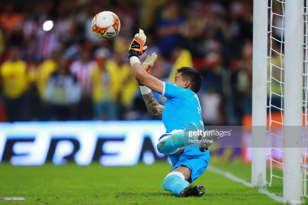 America v Chivas - Torneo Apertura 2018 Liga MX : News Photo