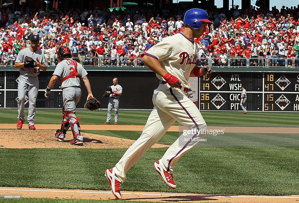 Raul Ibanez #29 of the Philadelphia Phillies trots home after his fifth inning home run against Blake Hawksworth #53 of the St. Louis Cardinals at Citizens Bank Park on May 6, 2010 in Philadelphia, Pennsylvania. The Phillies defeated the Cardinals 7-2.