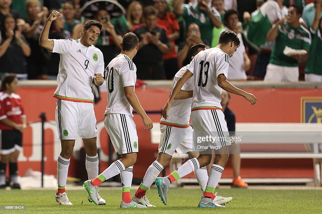 Mexico v Trinidad and Tobago - Friendly Match : News Photo