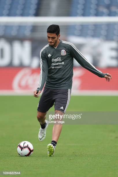 Raul Jimenez of Mexico warms up during the traning session prior to the international friendly game between Mexico and United States at Nissan...