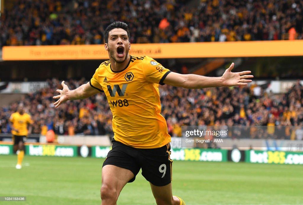 Wolverhampton Wanderers v Burnley FC - Premier League : News Photo