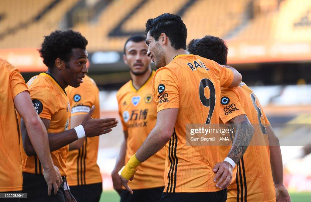 Wolverhampton Wanderers v AFC Bournemouth  - Premier League : News Photo