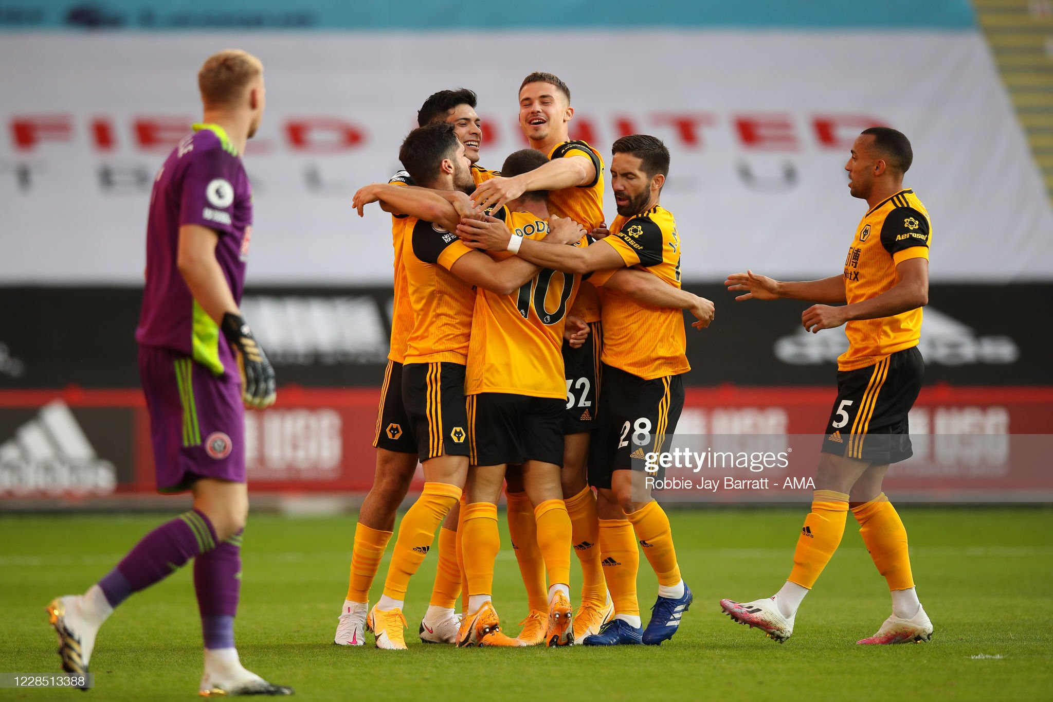 Wolves & Chelsea get off to strong Premier League start