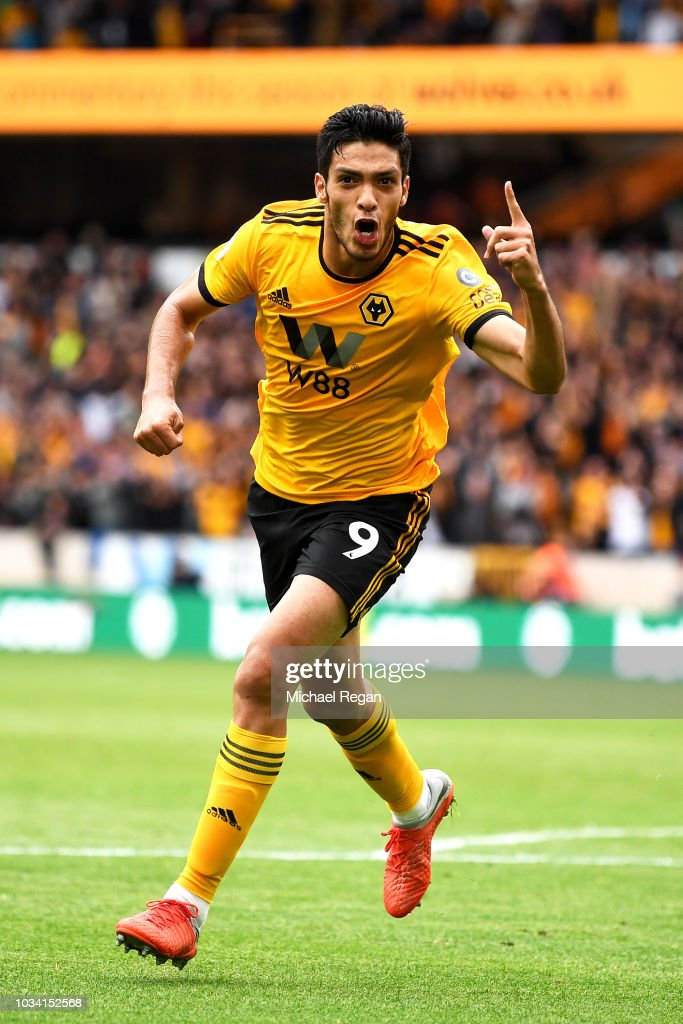 Wolverhampton Wanderers v Burnley FC - Premier League : News Photo