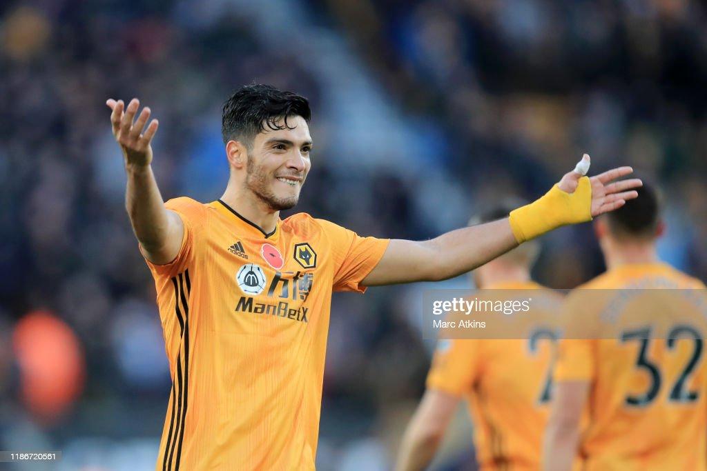 Wolverhampton Wanderers v Aston Villa - Premier League : News Photo