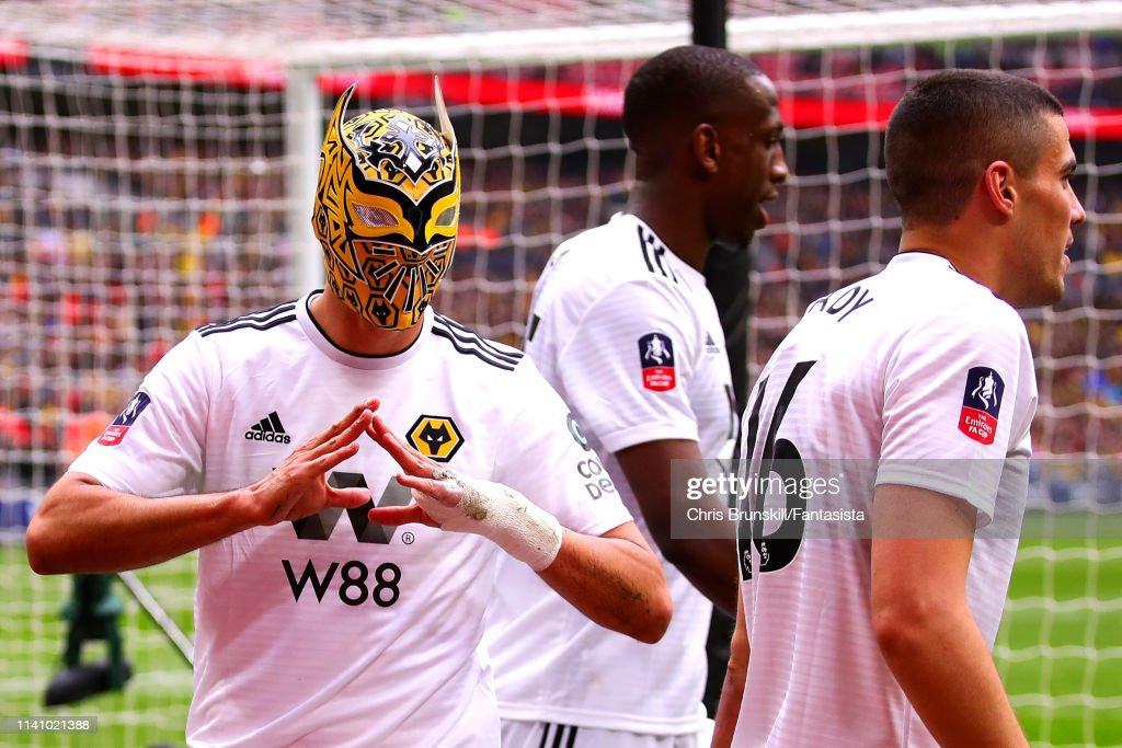 Watford v Wolverhampton Wanderers - FA Cup Semi Final : News Photo