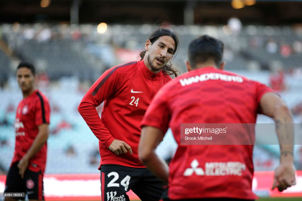 Raul Llorente of the Western Sydney Wanderers warms up before the round 27 A-League match between the Western Sydney Wanderers and Adelaide United at ANZ Stadium on April 15, 2018 in Sydney, Australia.