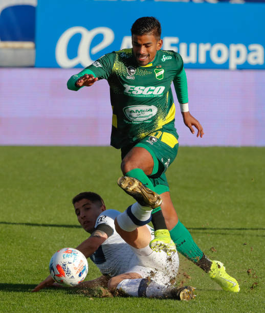 ARG: Velez v Defensa y Justica - Torneo Liga Profesional 2021