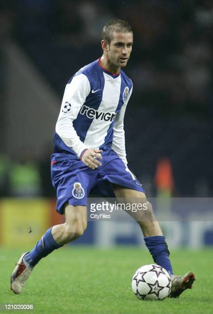 Raul Meireles during the Champions league Group G matcj between FC Porto and SV Hamburg