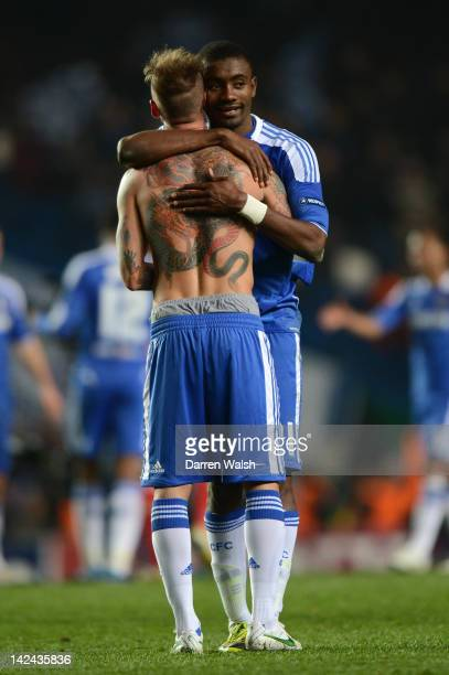 Raul Meireles of Chelsea celebrates with Salomon Kalou during the UEFA Champions League Quarter Final second leg match between Chelsea FC and SL...