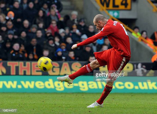 Raul Meireles of Liverpool scores his team's second goal during a Barclays Premier League match between Wolverhampton Wanderers and Liverpool at...