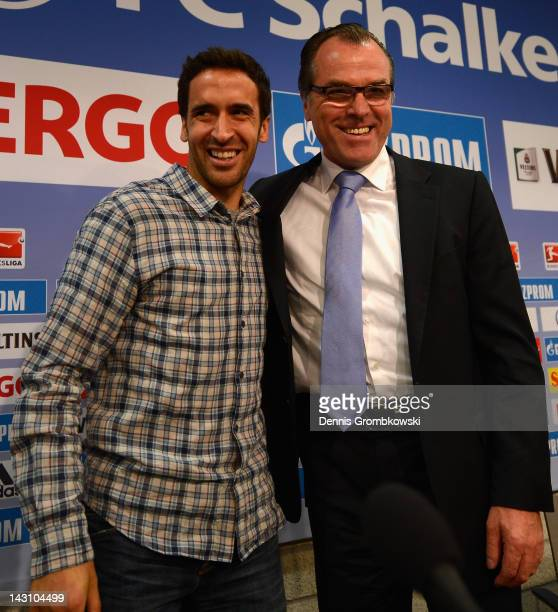 Raul of Schalke and CEO Clemens Toennies pose during a FC Schalke 04 press conference at Veltins Arena on April 19 2012 in Gelsenkirchen Germany