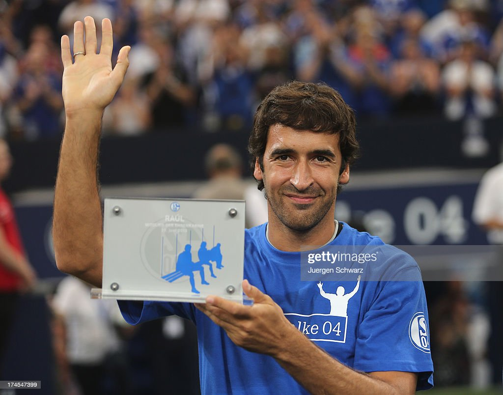 Raul poses prior to his farewell match between Schalke 04 and Al-Sadd Sports Club Katar at Veltins Arena on July 27, 2013 in Gelsenkirchen, Germany.