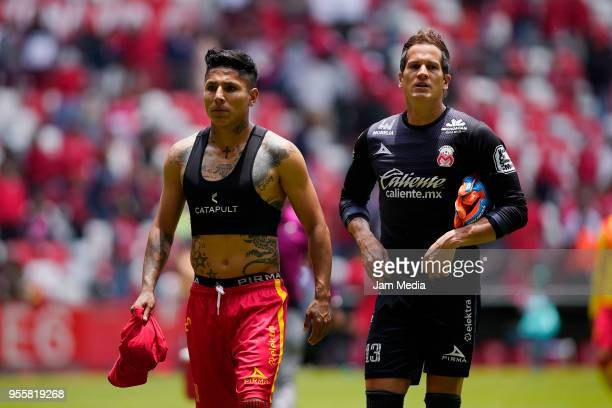 Raul Ruidiaz of Morelia and Sebastian Sosa goalkeeper of Morelia look dejected during the quarter finals second leg match between Toluca and Morelia...