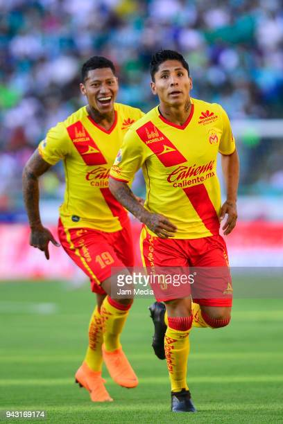 Raul Ruidiaz of Morelia celebrates after scoring the first goal of his team during the 14th round match between Leon and Morelia as part of the...