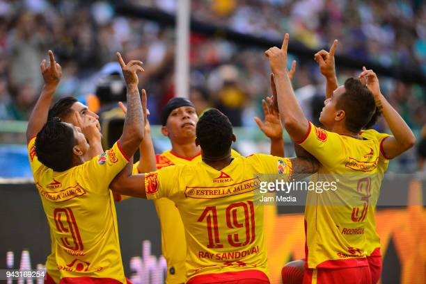 Raul Ruidiaz of Morelia celebrates with teammates after scoring the second goal of his team during the 14th round match between Leon and Morelia as...