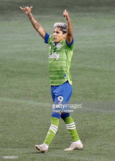 Raul Ruidiaz of Seattle Sounders celebrates his goal against the Minnesota United in the second half during the Western Conference Final of the MLS...