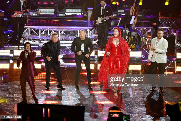 Rauw Alejandro, Ricardo Montaner, Víctor Manuelle, Ivy Queen, and Jesús Navarro perform onstage during The 21st Annual Latin GRAMMY Awards at...