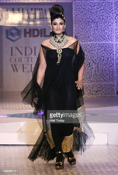 Raveena Tandon at Day II of the HDIL Couture fashion week in Mumbai on October 7 2010