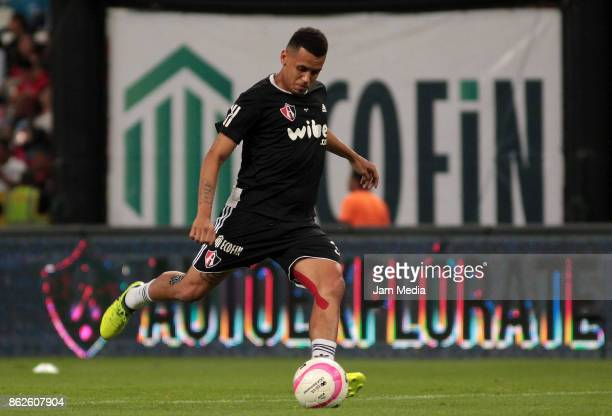 Ravel Morrison of Atlas warms up prior the 10th round match between Atlas and Morelia as part of the Torneo Apertura 2017 Liga MX at Jalisco Stadium...