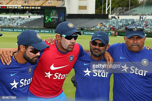 Ravi Ashwin of India talks to the team before a cap presentation to Barinder Sran during the Victoria Bitter One Day International Series match...