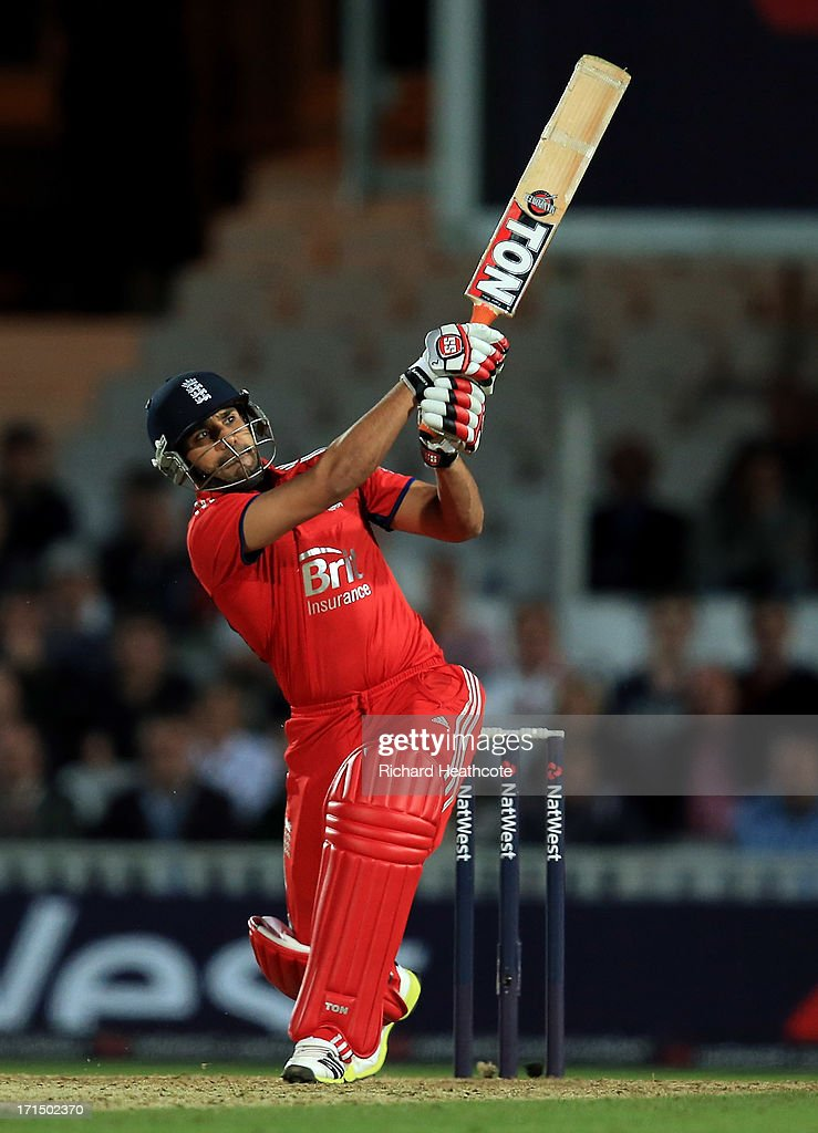 Ravi Bopara of England bats during the 1st Natwest International T20 match between England and New Zealand at The Kia Oval on June 25, 2013 in London, England.