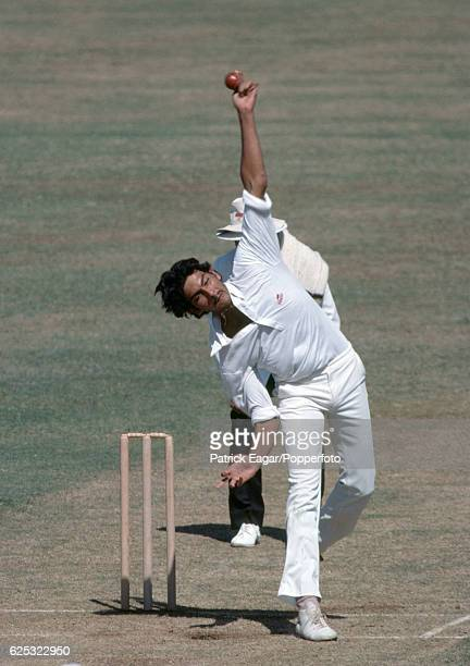 Ravi Shastri bowling for India during the 1st Test match between India and England at Wankhede Stadium Bombay India 28th November 1981