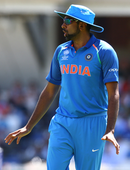 India v South Africa - Cricket : News Photo