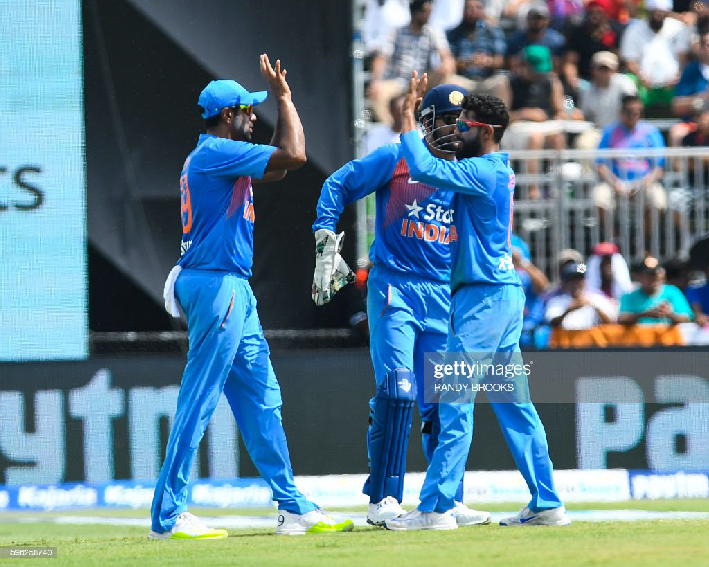 CRICKET-WINDIES-INDIA : News Photo