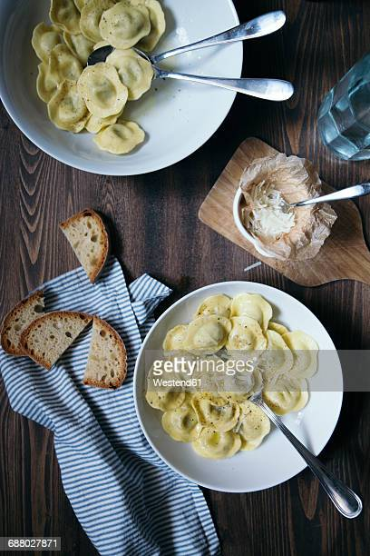 Ravioli with butter and pepper