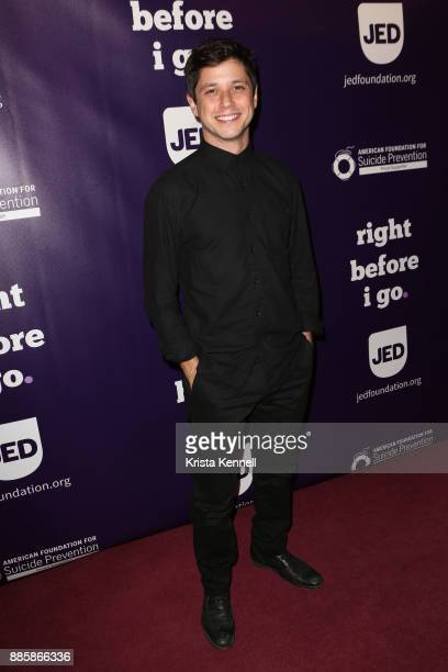 Raviv Ullman attends 'Right Before I Go' One Night Only Benefit Performance at Town Hall on December 4 2017 in New York City