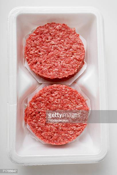 Raw burgers for hamburgers in packaging