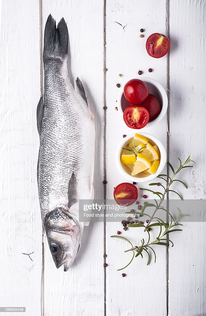 Raw fish : Stock Photo