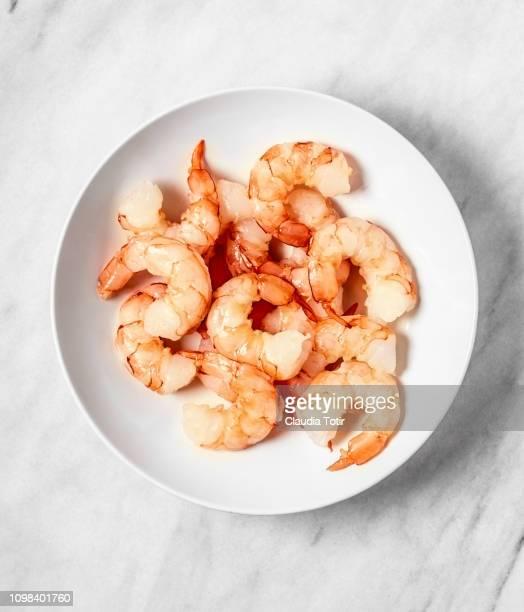 raw shrimp - えび ストックフォトと画像