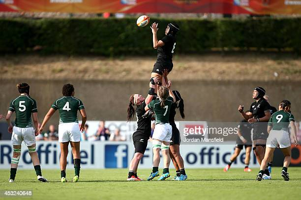 Rawinia Everitt of New Zealand wins a lineout during the IRB Women's Rugby World Cup Pool B match between New Zealand and Ireland at the French Rugby...