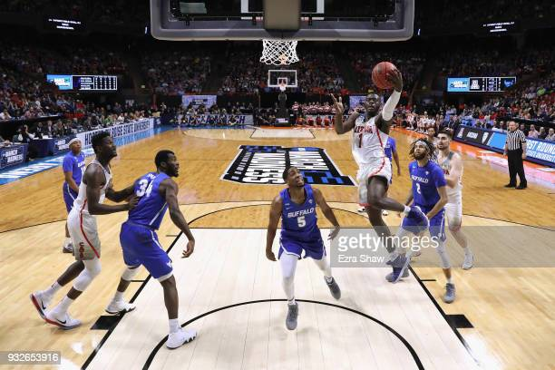 Rawle Alkins of the Arizona Wildcats drives to the basket against the Buffalo Bulls during the first round of the 2018 NCAA Men's Basketball...